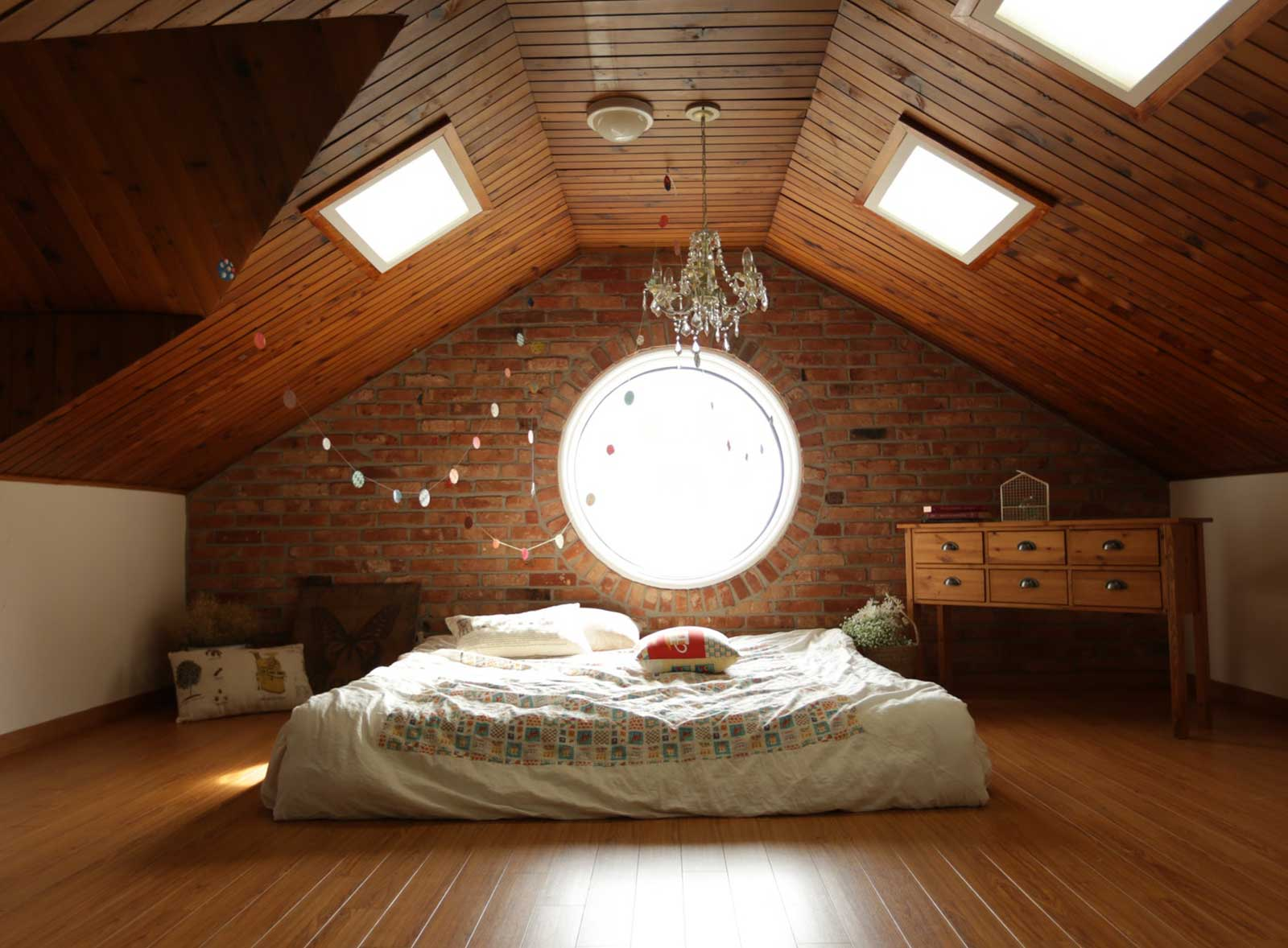bedroom loft house